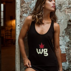 Black T shirt | Weed girls