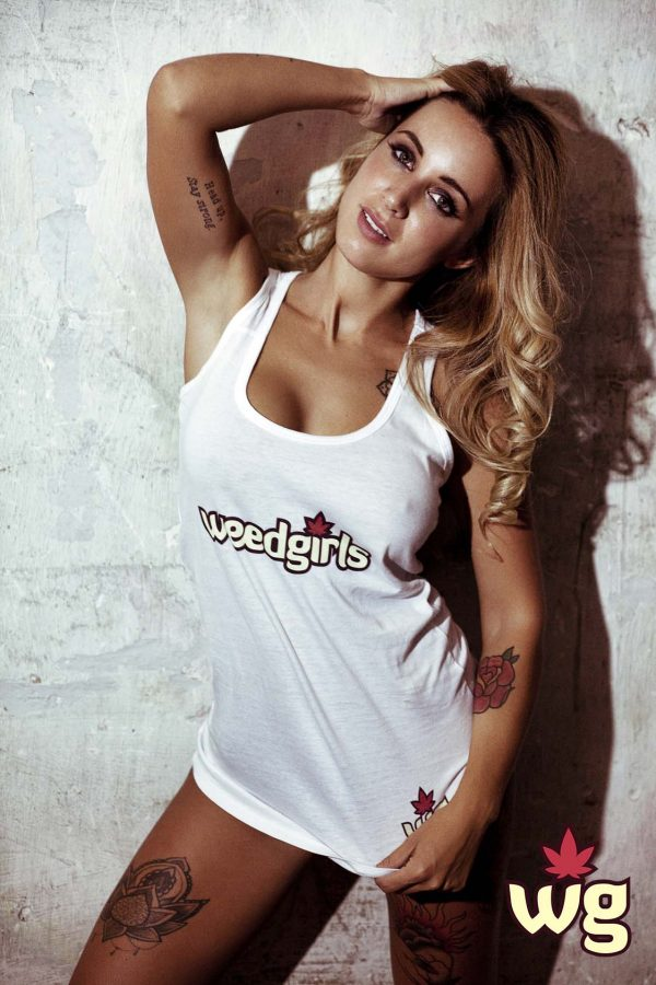 Weed Girls T Shirt | Beautiful blond model
