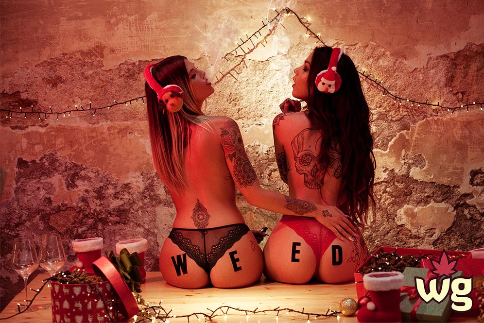 lesbian couple smoking weed on christmas | weed girls