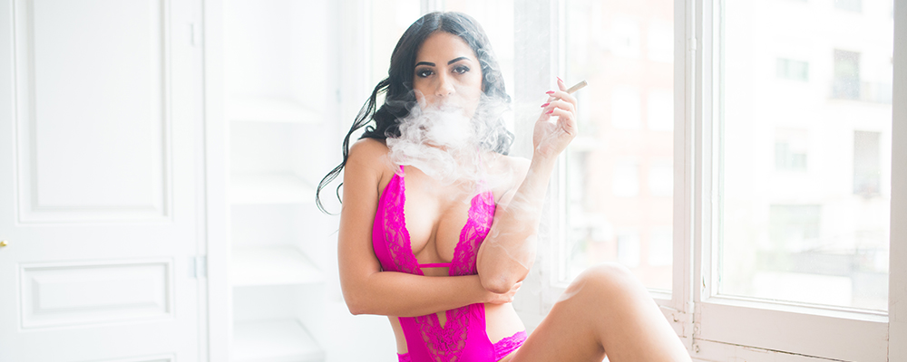 sexy girl in pink lingerie smoking weed | Julia de Lucia | Weed Girls